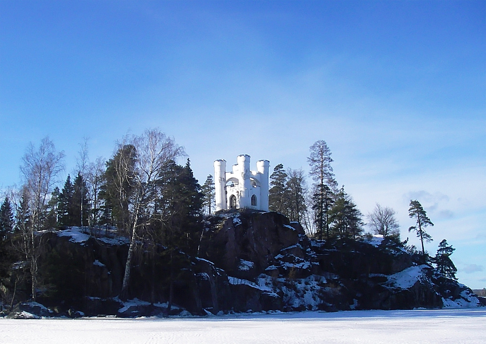 Tiny Cliff Castle