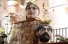 Tipici vasi siciliani -  Typical Sicilian vases