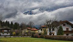 Tirol unter Wolken