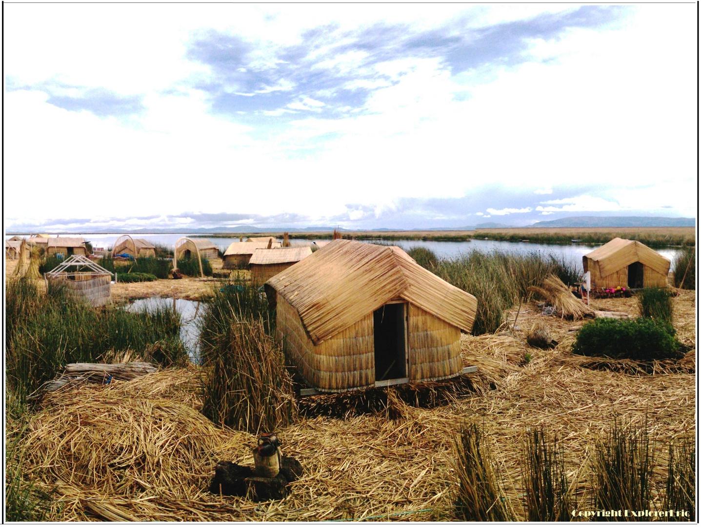 Titicaca-See mit den schwimmenden Inseln
