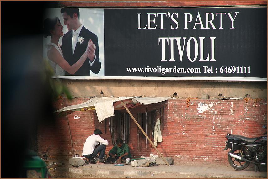 TIVOLI PARTY DEHLI -street KONTRASTE