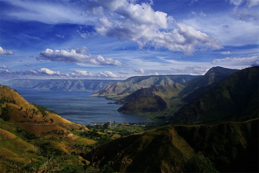 TOBA LAKE (North Sumatera)