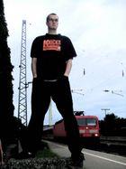 Tobi am Bahnhof Erl