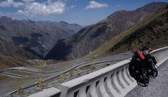 Töö Ashuu Paß 3330 m.