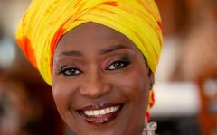 Togo -  A F I A  M A L A salue la bravoure de la femme - b