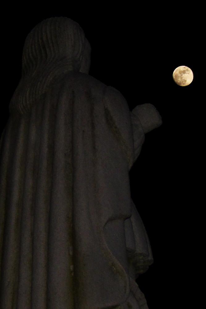 Tò!...Guarda, la Luna...
