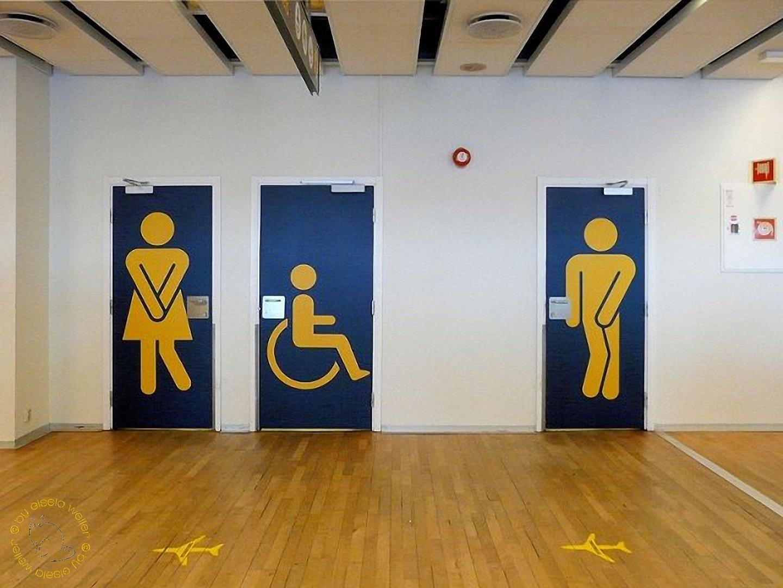 Toilette im Flughafen von Bergen