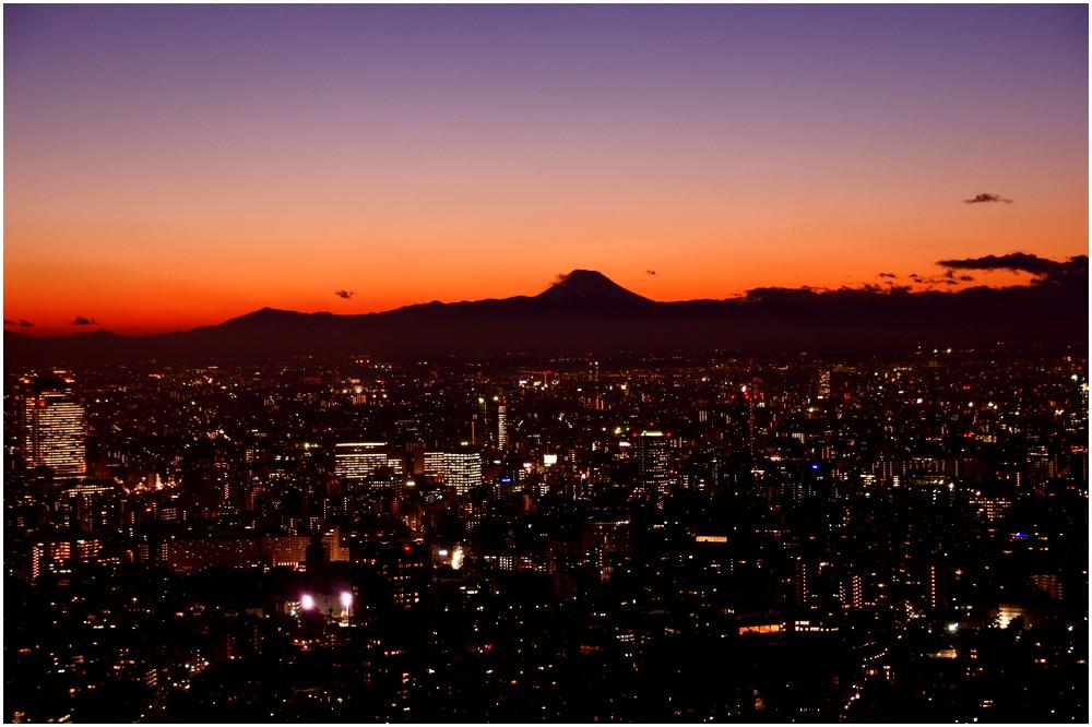 Tokyo Tower Silhouette des Fuji San im Abendrot