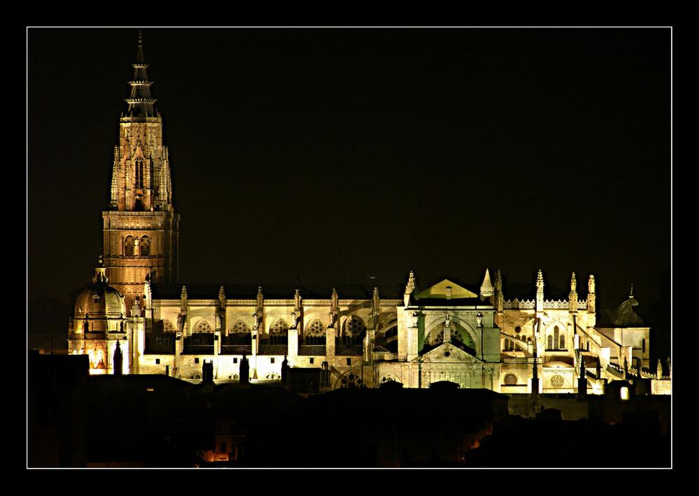Toledo de noche (Catedral )