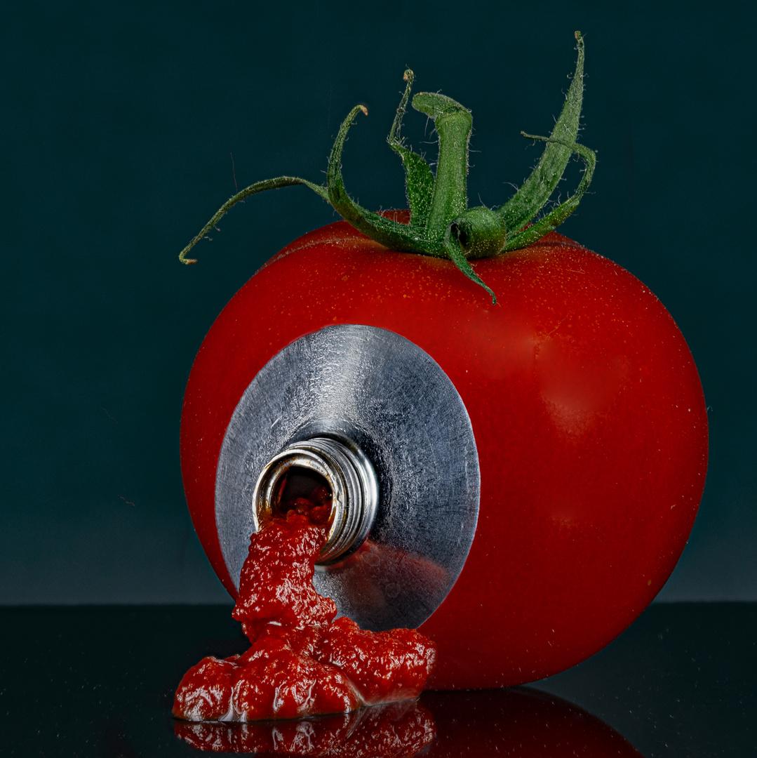 Tomatenmark-Spender