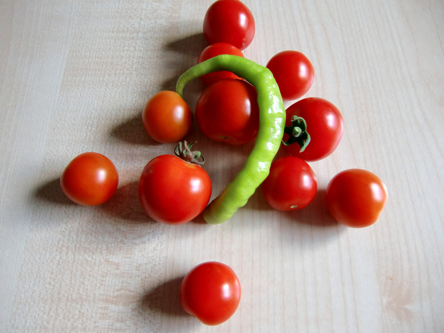 tomatoes and chillies n° 1