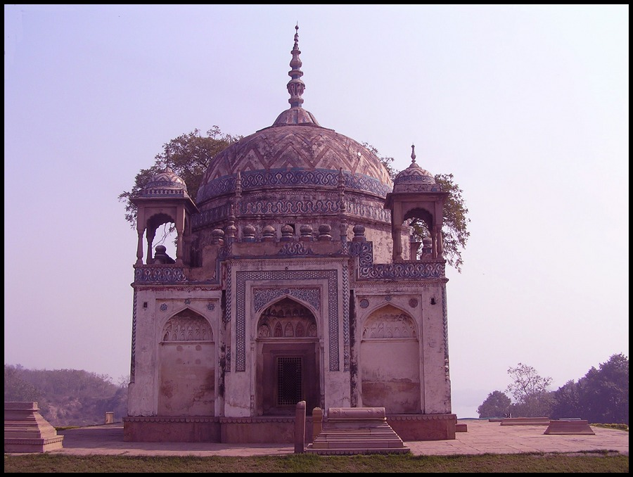Tomb of the unknown princess