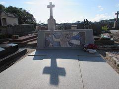 ..Tombe de G. Braque à Varengeville (76)