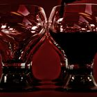 Ton in Ton und Wein im Glas.