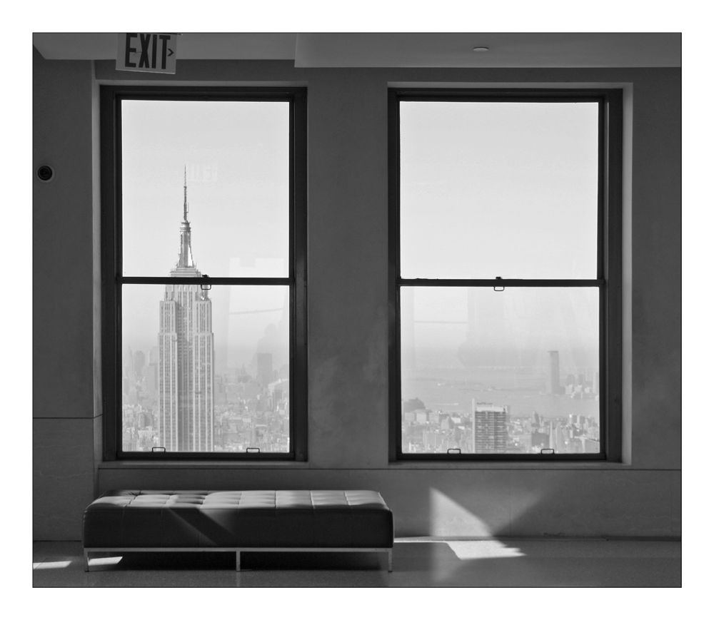 top of the rock fenster mit aussicht foto bild north america united states new york. Black Bedroom Furniture Sets. Home Design Ideas