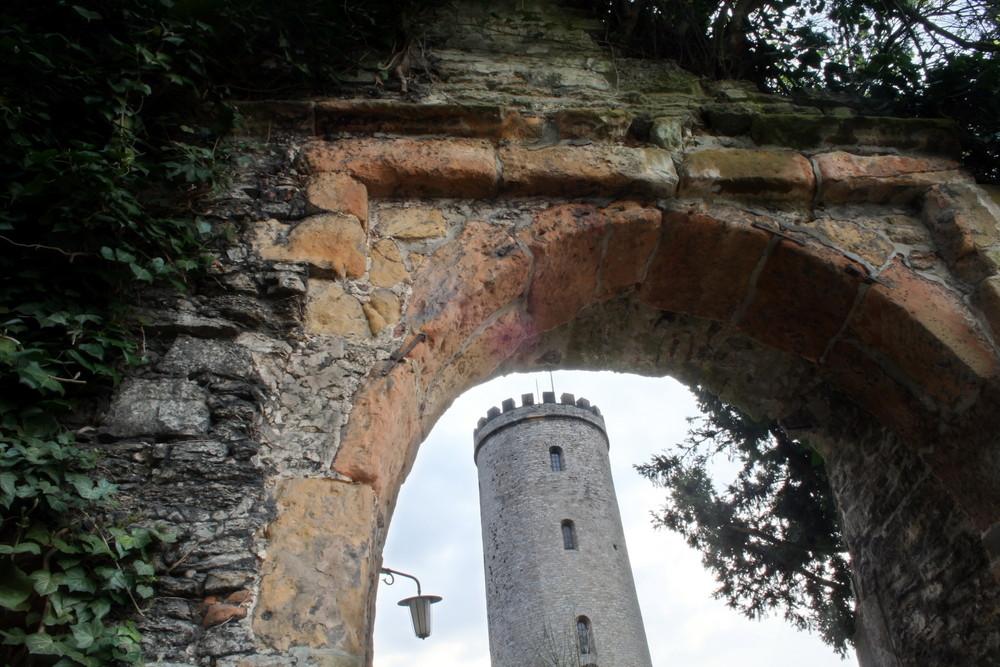 Tor und Burgfried der Sparrenburg