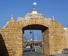 Tor zu La Caleta und San Sebastian