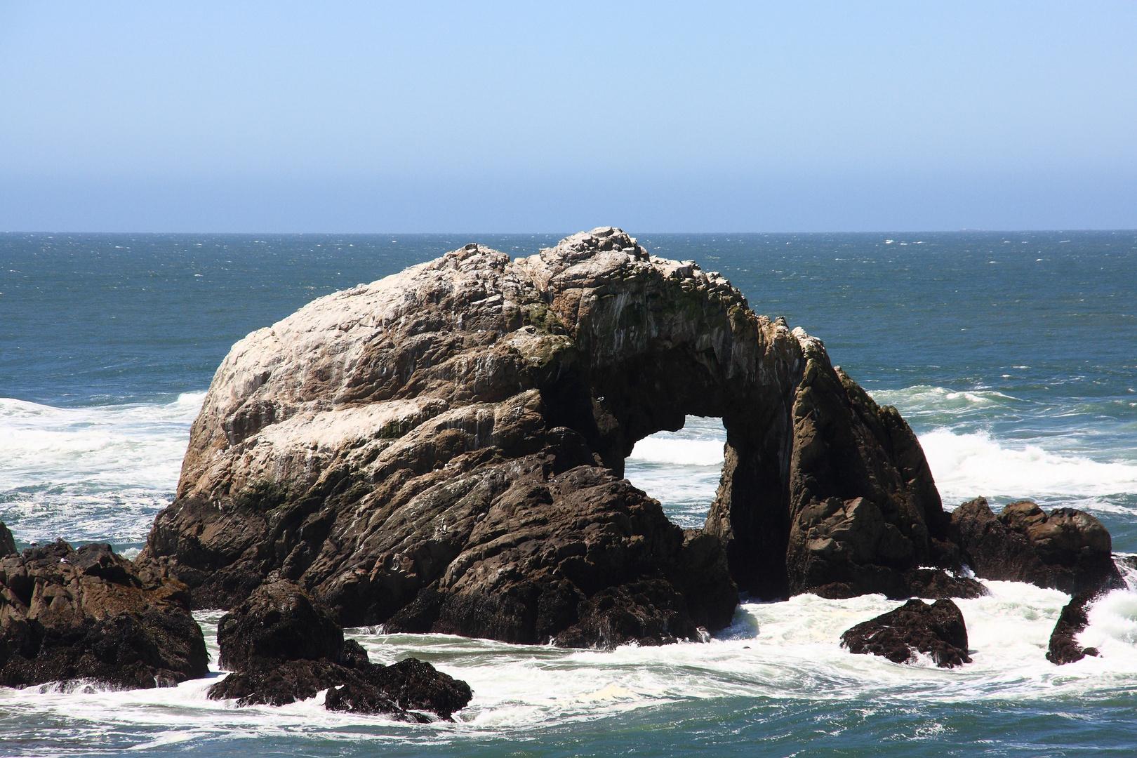 Tor zur endlosen Weite des Pazifik