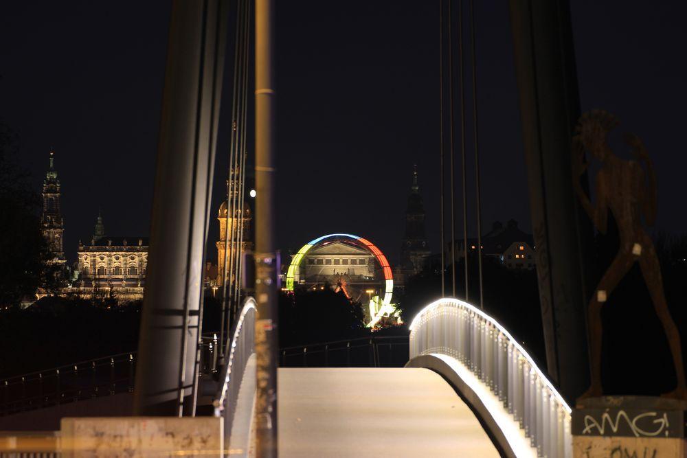 Tor zur Oper