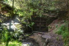 Tor zur Unterwelt