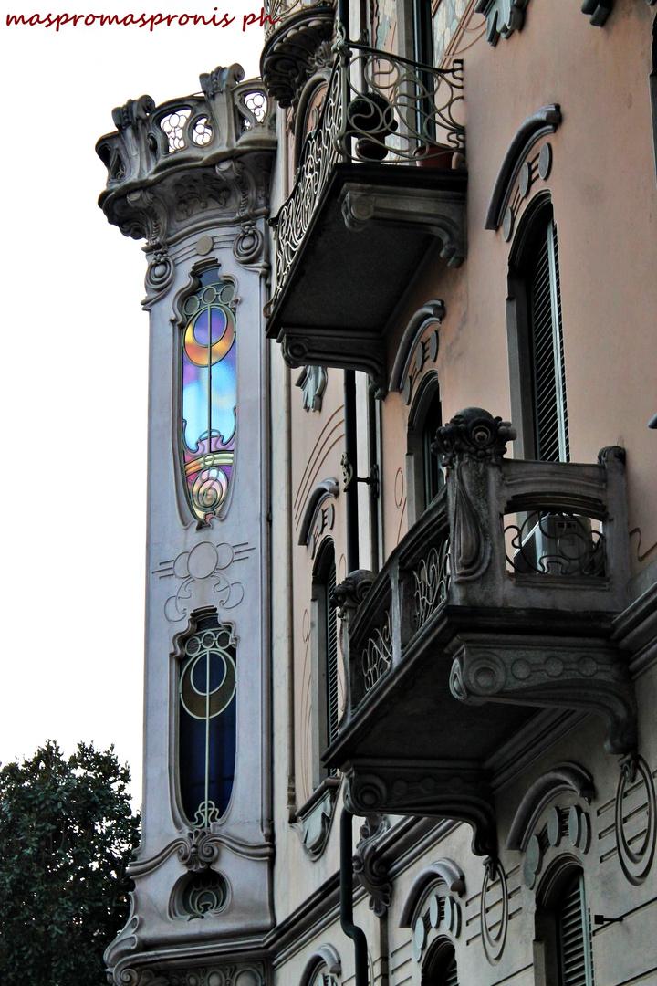 """Torino liberty: Casa Fenoglio (""""Lafleur"""")- Luci ed ombre"""