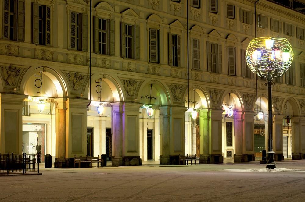 Torino - Piazza San Carlo dopo una spruzzata di neve