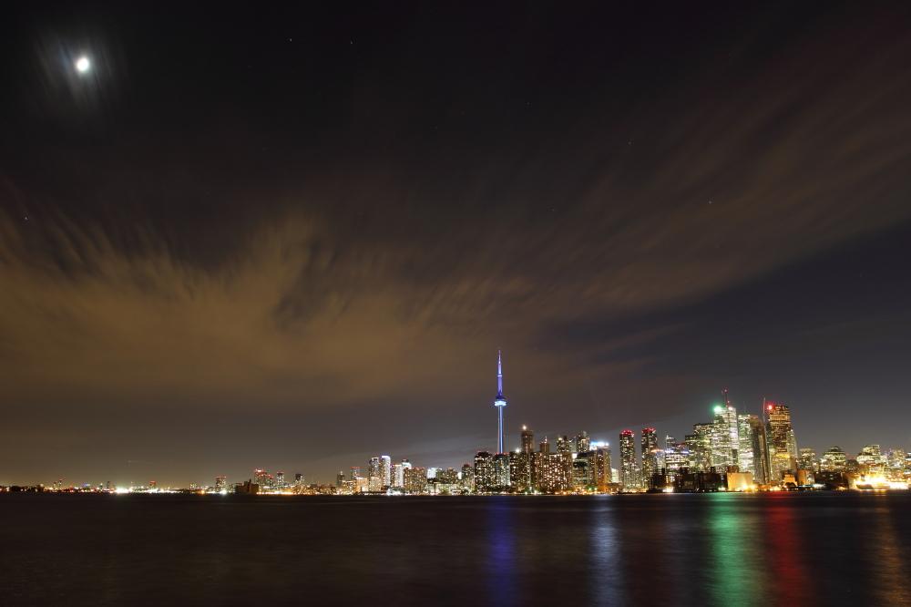 --Toronto Night--