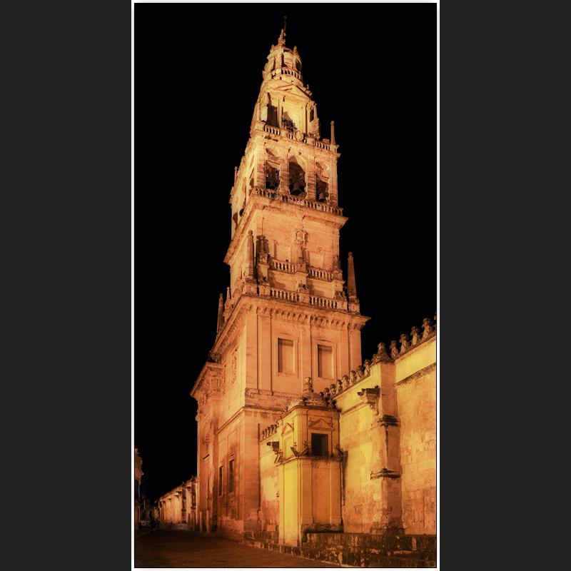 Torre campanario der Mezquita-catedral