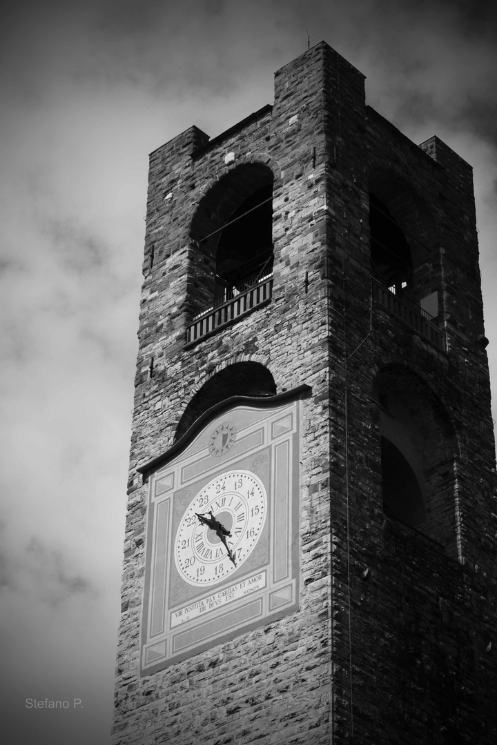 Torre Piazza Vecchia Bergamo
