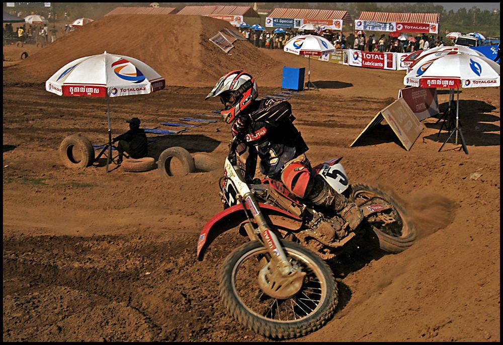TOTAL International Motocross Cambodia 01