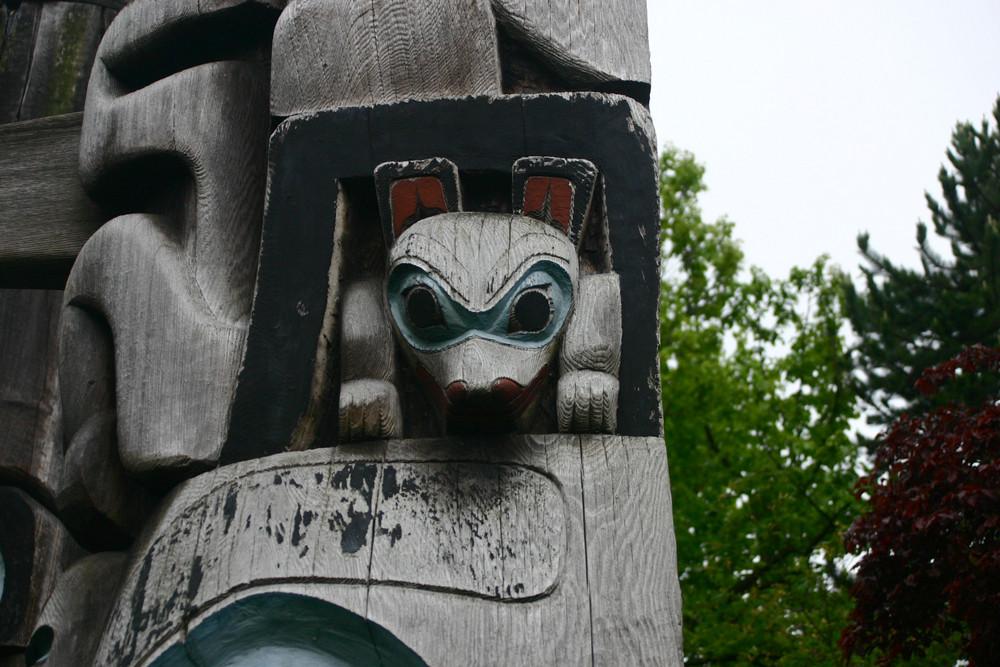 Totem- Detail