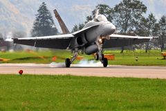 "Touch down F/A-18 ,,Hornet"" in Meiringen-Unterbach"