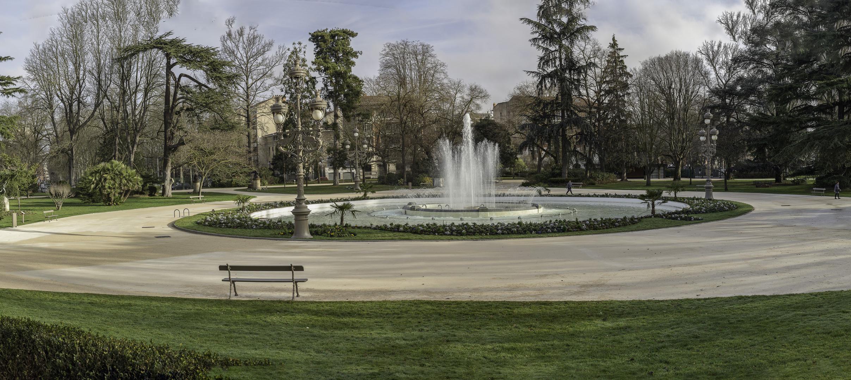 TOULOUSE (France), le jardin du Grand Rond - Panorama photo et image ...