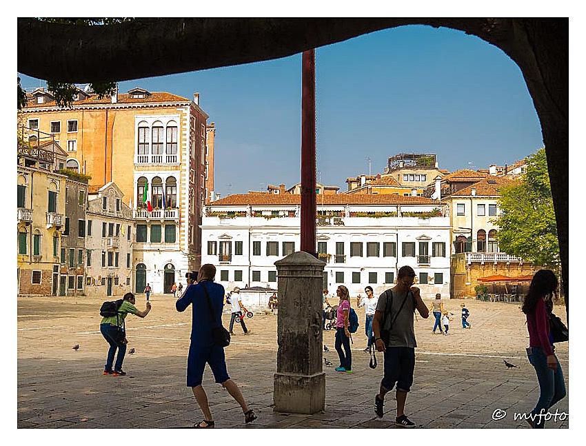 Touristenballett - Campo San Polo