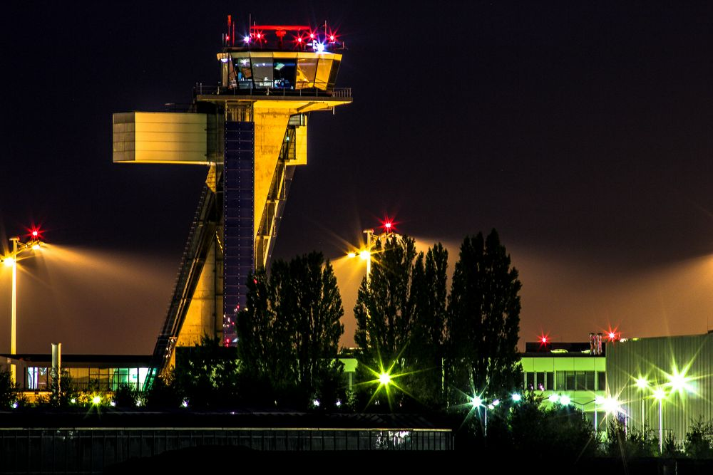 Tower Aiport NUE