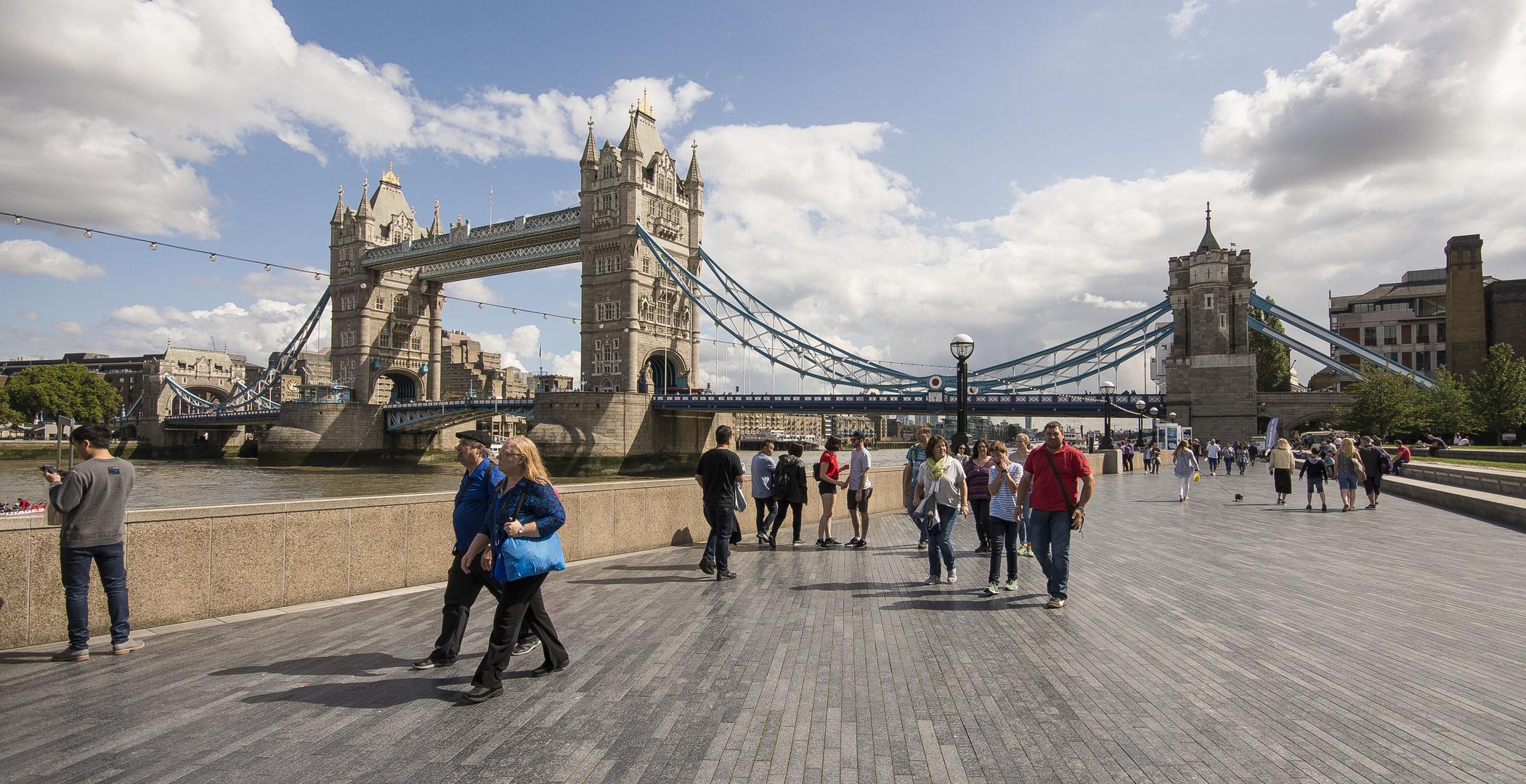 Tower Bridge - 08