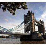 """Tower-Bridge"""