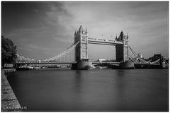 [tower bridge]