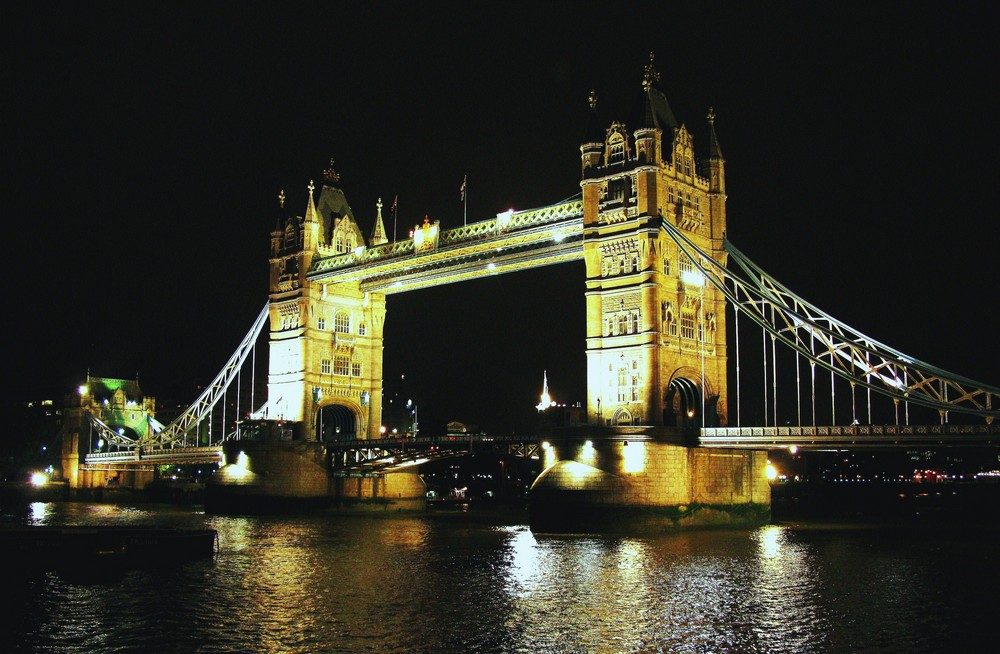 tower bridge..