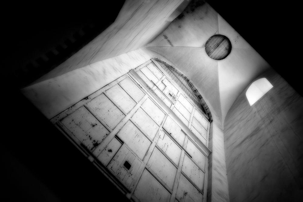 tower.inside.door.high