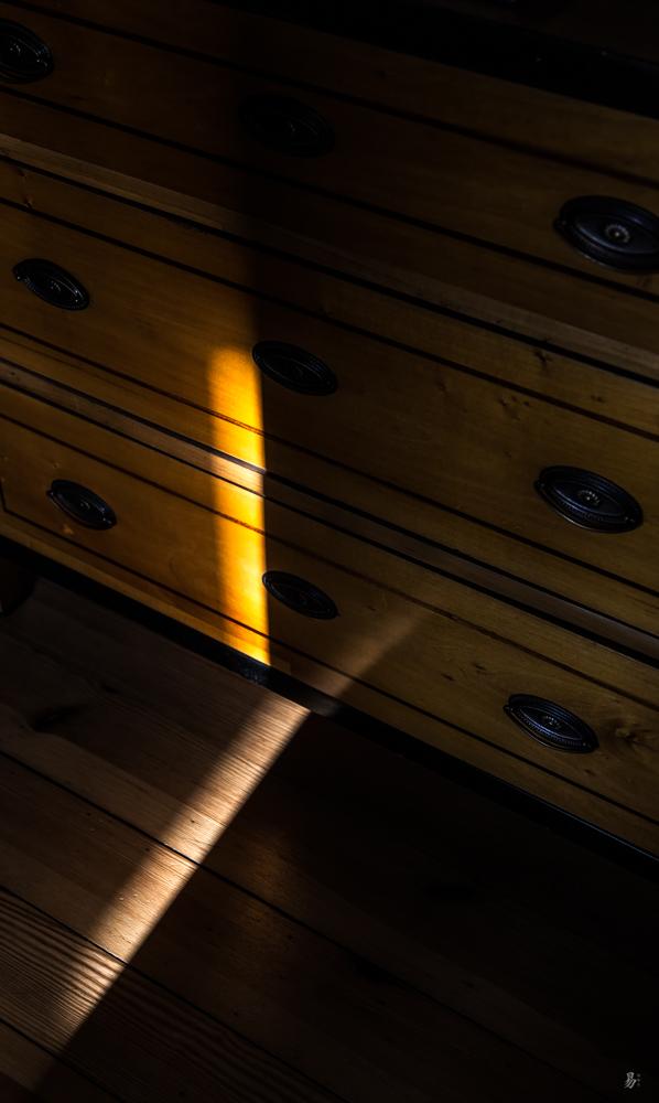 trace of light