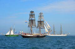 Traditionssegler zur Hanse Sail 2015 auf der Ostsee vor Warnemünde