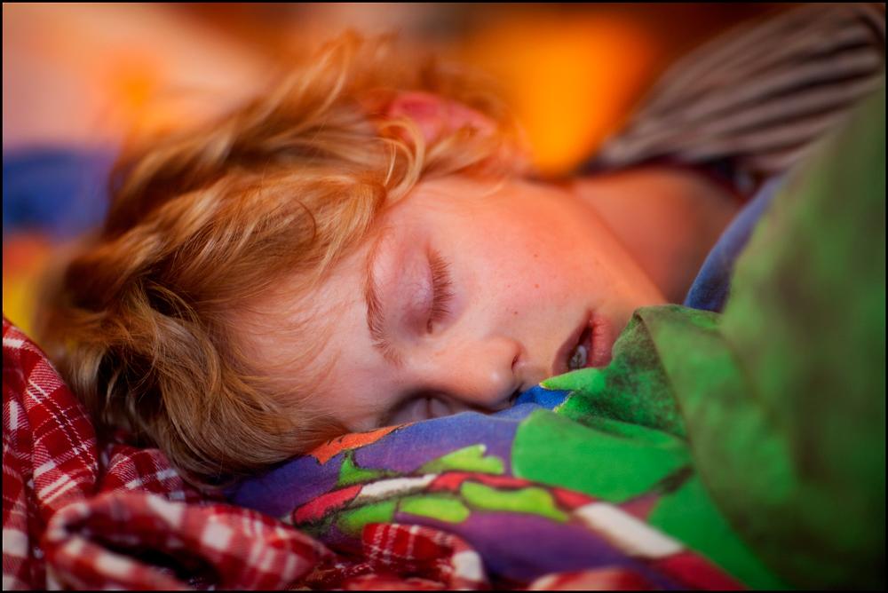tr um s von sauren gurken foto bild kinder kinder im schulalter kinder children. Black Bedroom Furniture Sets. Home Design Ideas