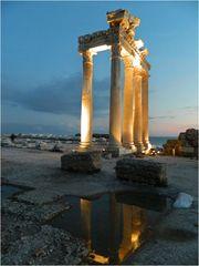 Träumen zwischen alten Säulen