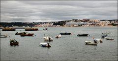 Trafaria. le port de pêche...