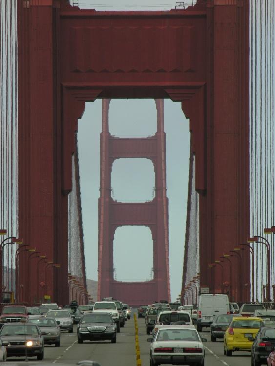 Traffico sul Golden Gate
