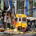 Train Market in Samut Songkhram