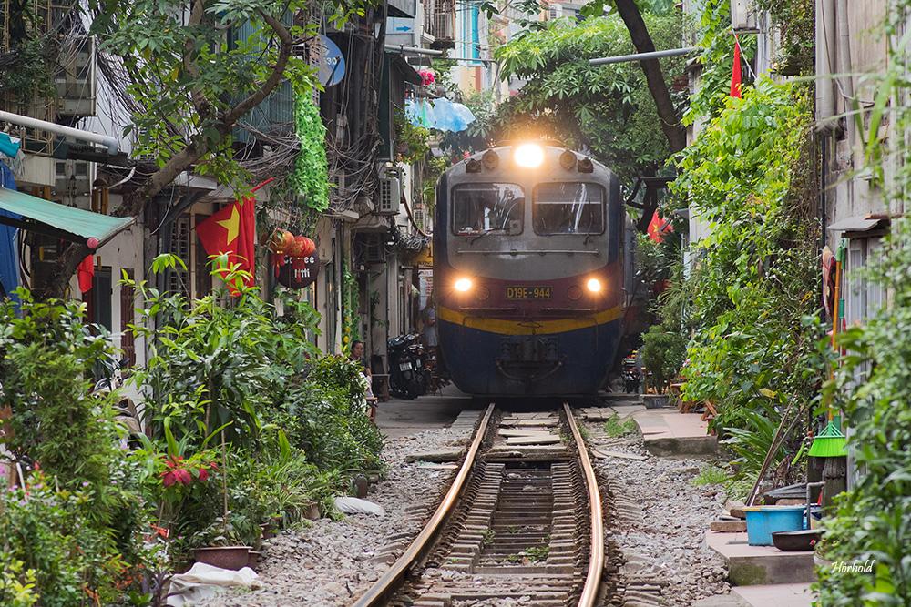 Train Street Hanoi I
