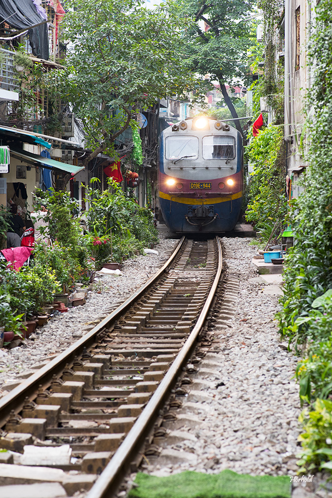 Train Street Hanoi II
