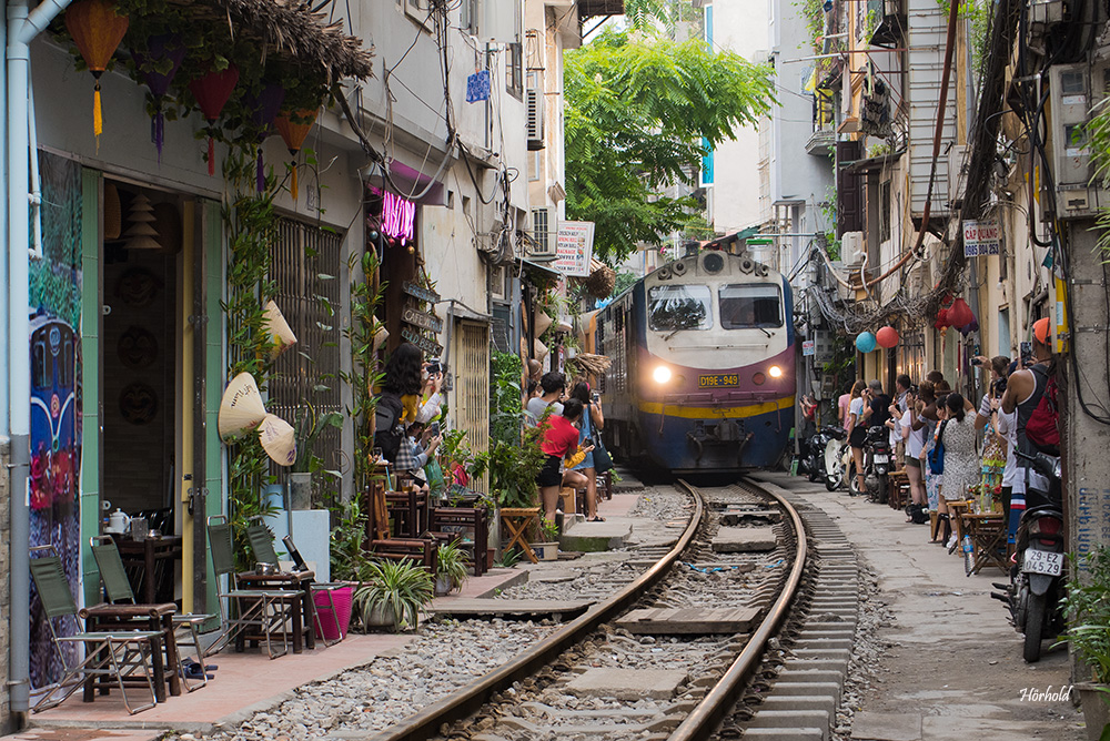 Train Street Hanoi III